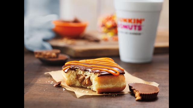 Dunkin doughnuts on halloween bj and anal - 3 8