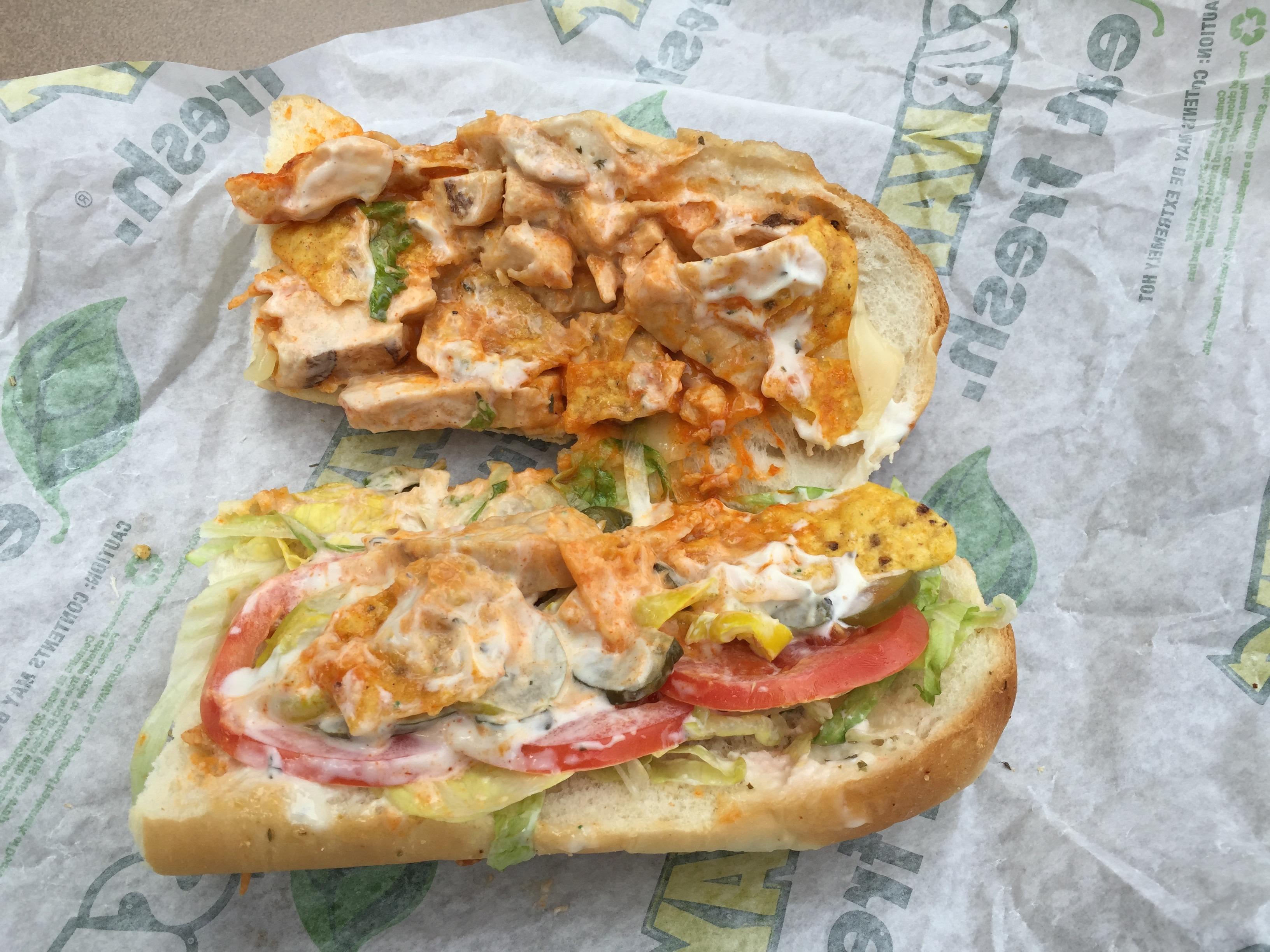 Subway Buffalo Chicken Crunch [Review