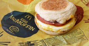 101993019-mcdonalds-egg-mcmuffin.1910x1000